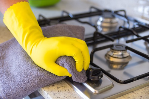 condo-kitchen-cleaning