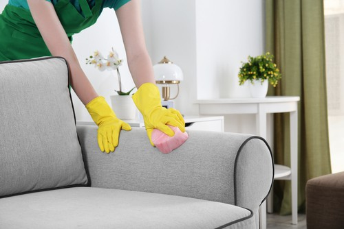 upholstery-cleaning-wrong-techniques